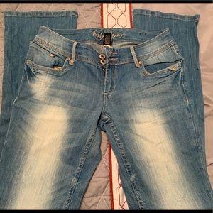 Arita jeans